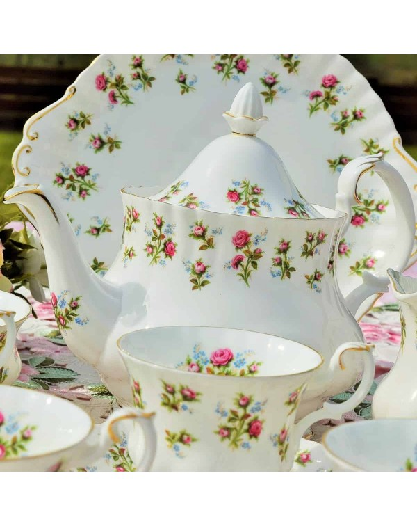 (OUT OF STOCK) ROYAL ALBERT WINSOME TEA SET