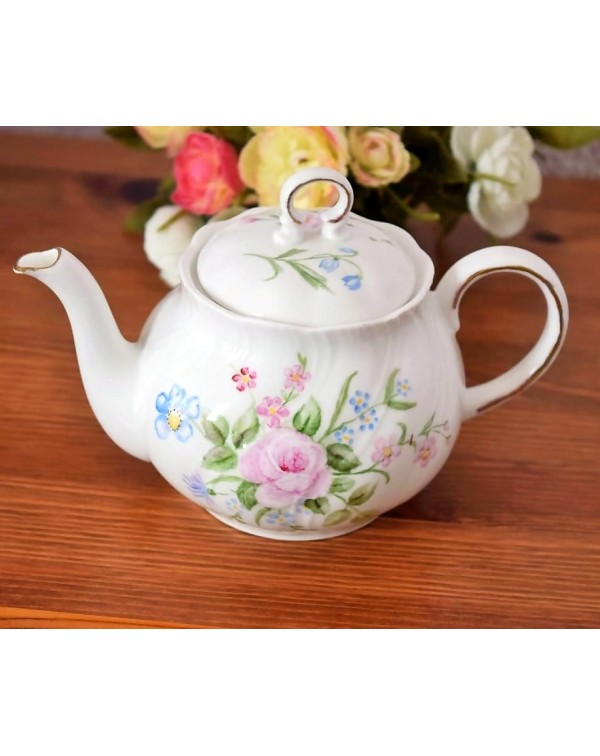 (OUT OF STOCK) WOODS HAND PAINTED FLORAL TEAPOT