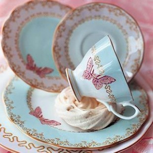 ZANDRA RHODES ROYAL ALBERT TEA CUP & SAUCER