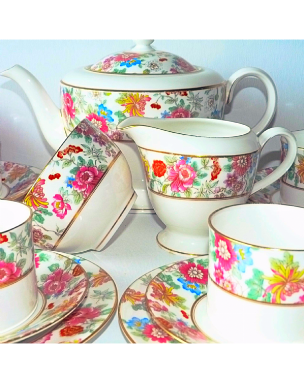 (OUT OF STOCK) ROYAL WORCESTER VINTAGE TEAPOT SET