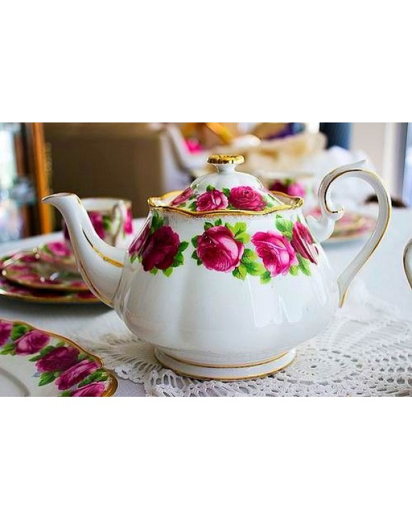 (OUT OF STOCK) ROYAL ALBERT OLD ENGLISH ROSE TEAPO...