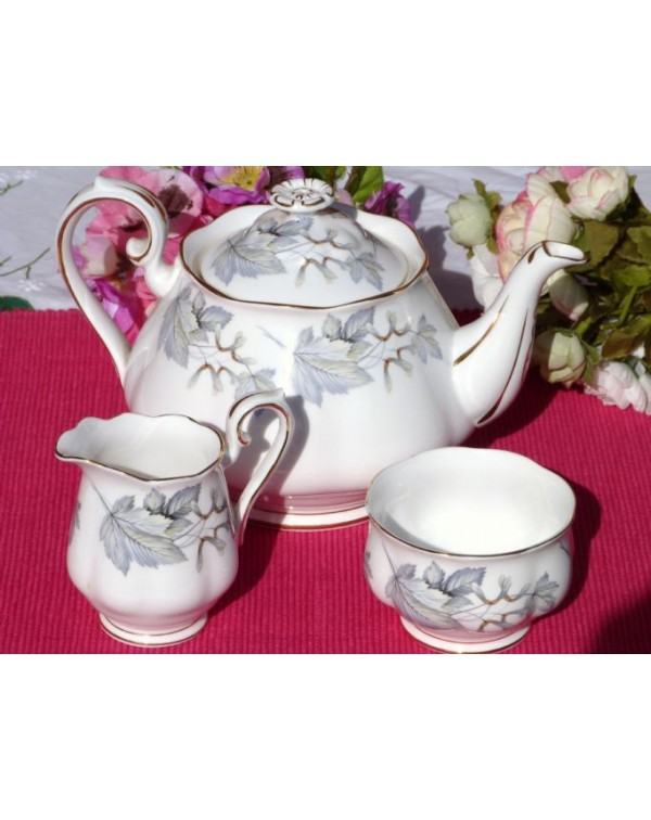 (OUT OF STOCK) ROYAL ALBERT SILVER MAPLE TEAPOT SE...