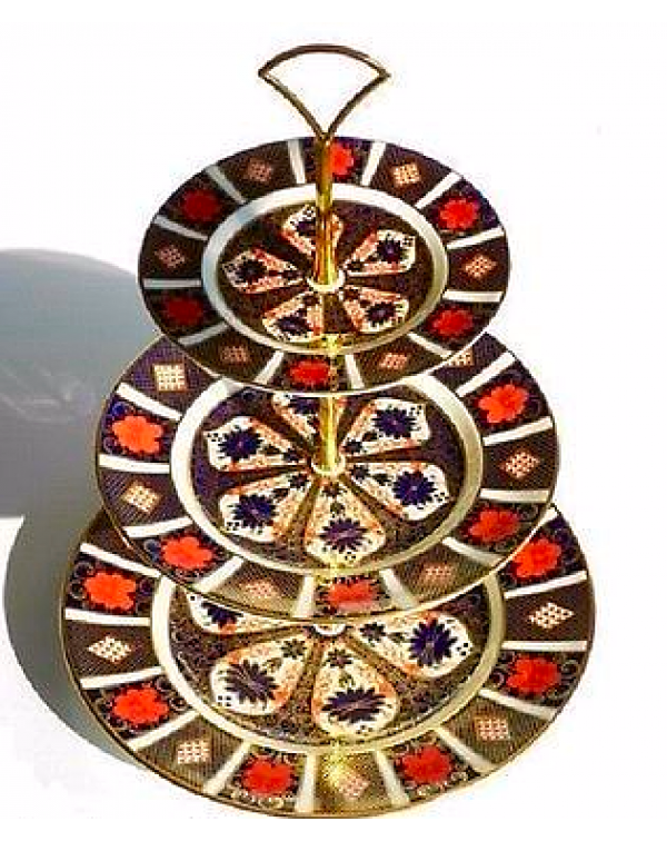(OUT OF STOCK) ROYAL CROWN DERBY IMARI CAKE STAND