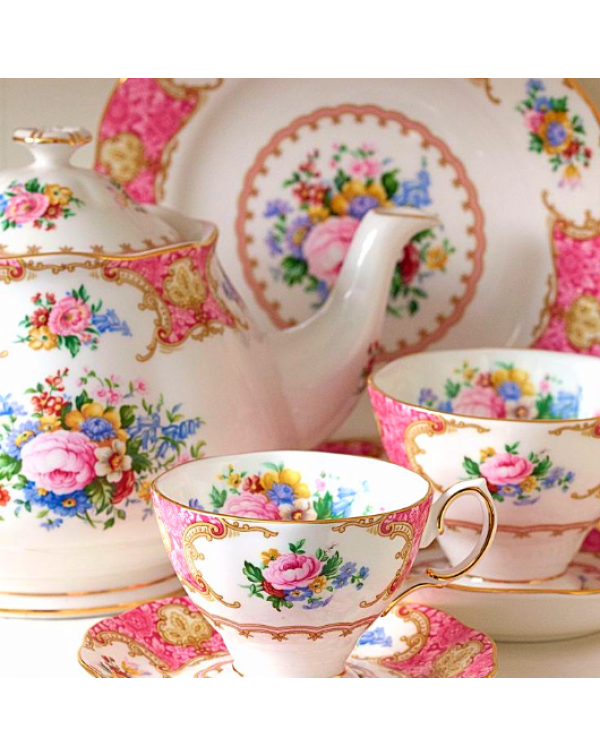 (OUT OF STOCK) ROYAL ALBERT LADY CARLYLE TEA SET