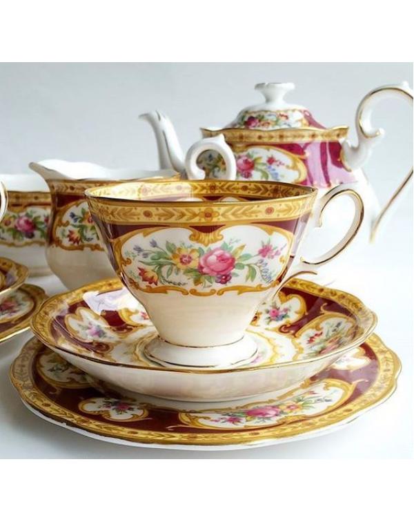 (OUT OF STOCK) ROYAL ALBERT LADY HAMILTON TEA SET