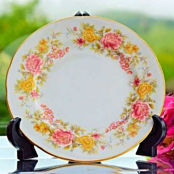 (OUT OF STOCK) COLCLOUGH CHRYSANTHEMUM TEA PLATE