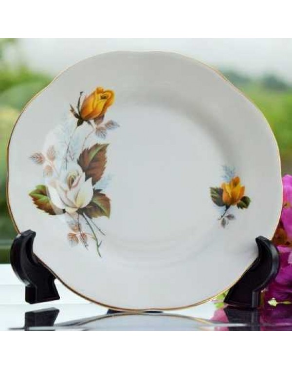 (OUT OF STOCK) ELIZABETHAN ROSE TEA PLATE