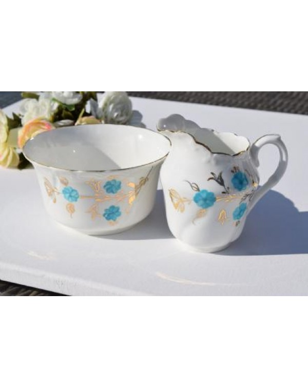 ENGLISH MILK JUG & SUGAR BOWL