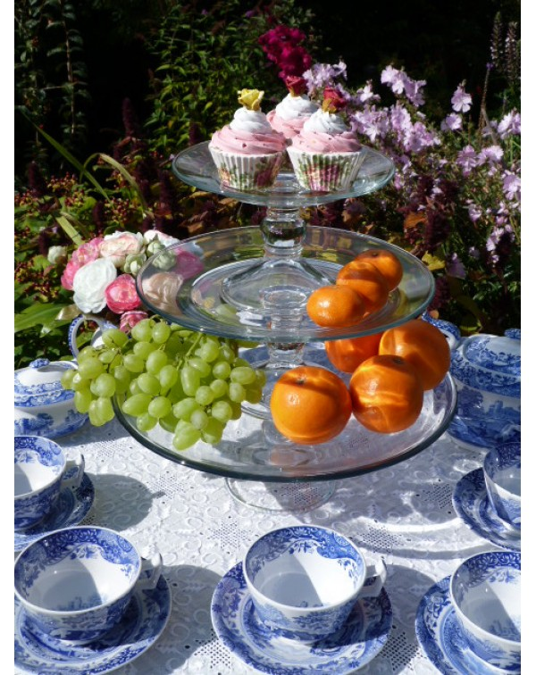 (OUT OF STOCK) GLASS STACKING CAKE STANDS NEW &...