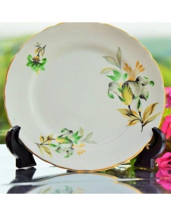 (SOLD) LILY TEA PLATE
