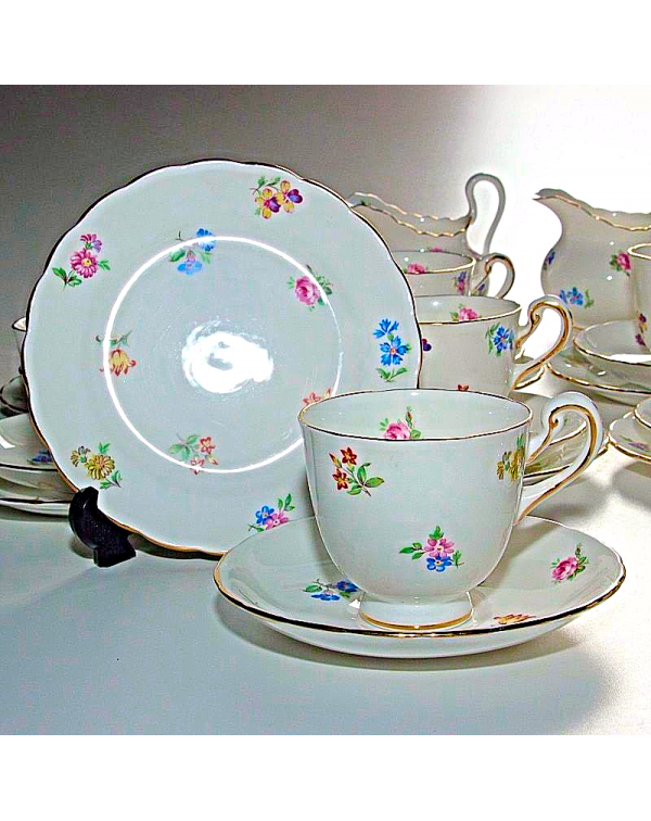 (OUT OF STOCK) NEW CHELSEA FLORAL TEA SET
