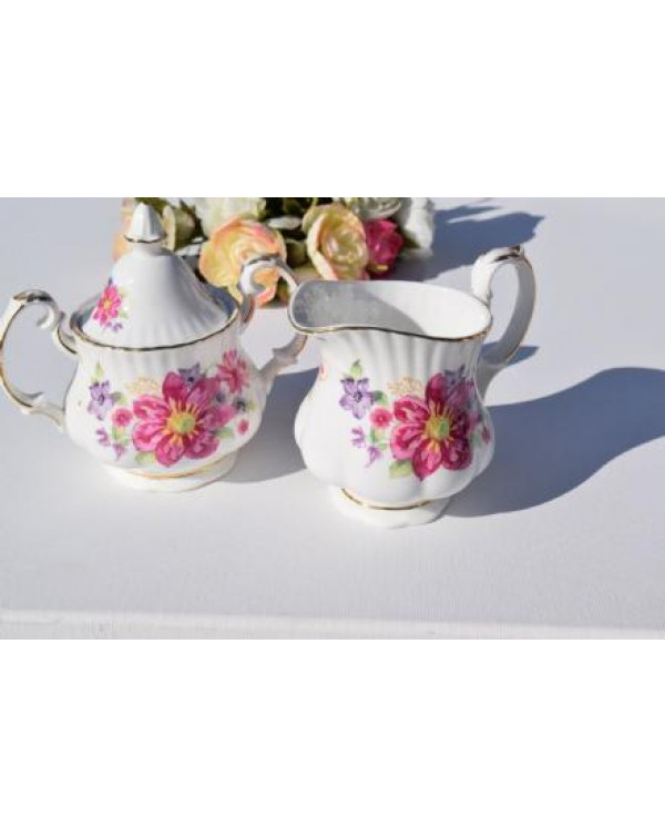 NEW ENGLISH CHINA SUGAR BOWL & MILK JUG