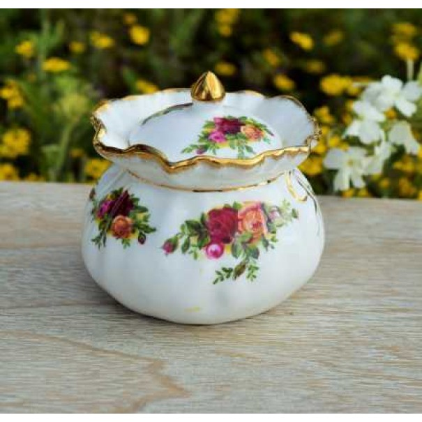 (OUT OF STOCK) OLD COUNTRY ROSES TRINKET BOX