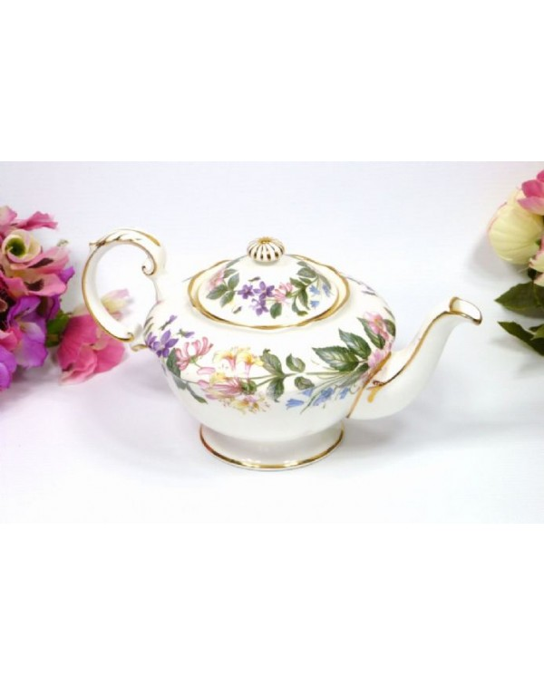 (OUT OF STOCK) PARAGON COUNTRY LANE VINTAGE TEAPOT
