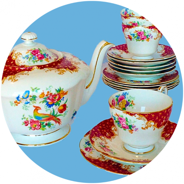 (OUT OF STOCK) PARAGON ROCKINGHAM RED COMPLETE VINTAGE TEA SET