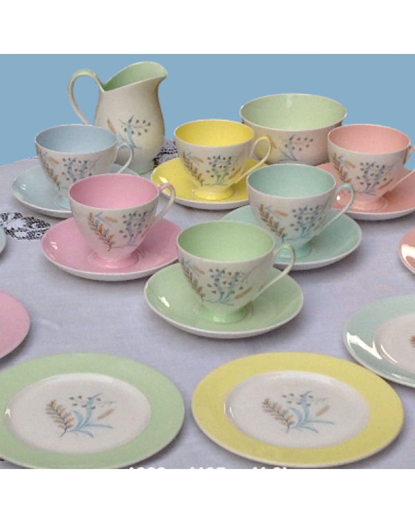 (OUT OF STOCK) QUEEN ANNE GLADE TEA SET