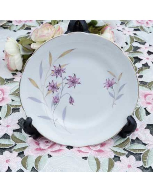 (OUT OF STOCK) REGENCY DAISY TEA PLATE