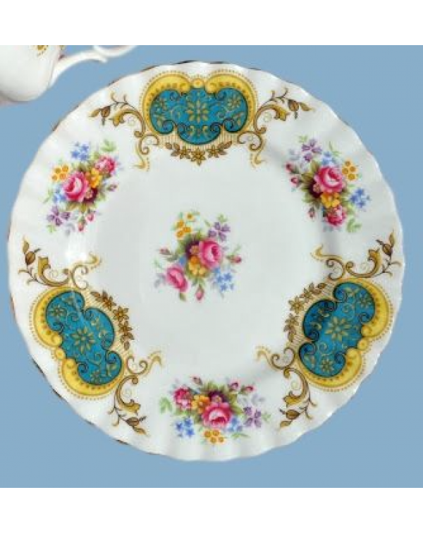ROYAL ALBERT BERKELEY TEA PLATE