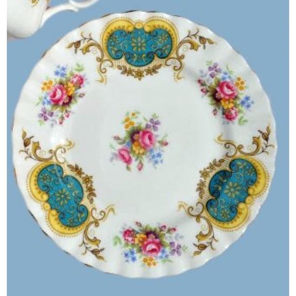 (SOLD) ROYAL ALBERT BERKELEY TEA PLATE