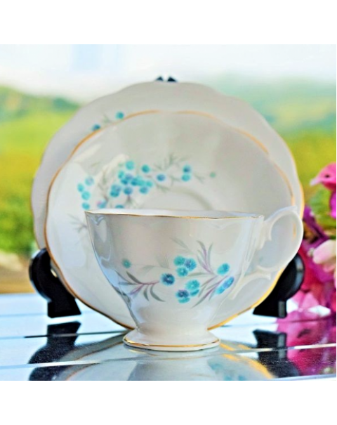 (OUT OF STOCK) ROYAL ALBERT BLUE HEAVEN TEA TRIO