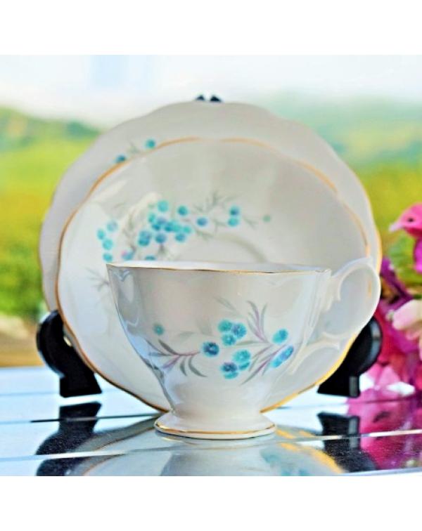 (OUT OF STOCK) ROYAL ALBERT BLUE HEAVEN TEA TRIO