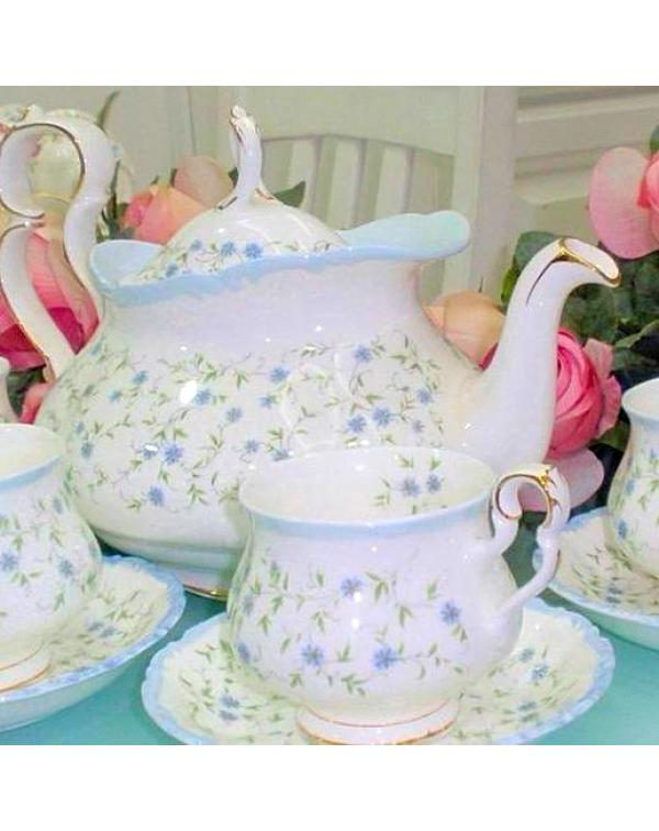 (OUT OF STOCK) ROYAL ALBERT CAROLINE TEA SET