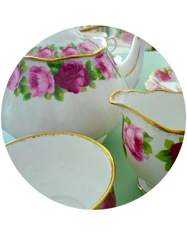 (OUT OF STOCK) ROYAL ALBERT COMPLETE TEA SET OLD E...