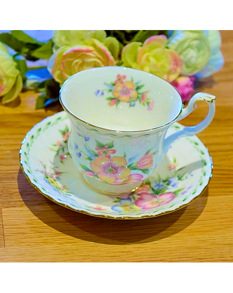 (OUT OF STOCK) ROYAL ALBERT CONSTANCE  CUP & SAUCER