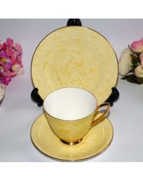 (OUT OF STOCK) ROYAL ALBERT GOSSAMER YELLOW TEA TRIO