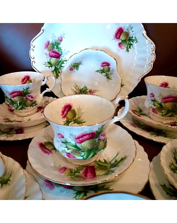 (OUT OF STOCK) Royal Albert Highland Thistle Tea S...