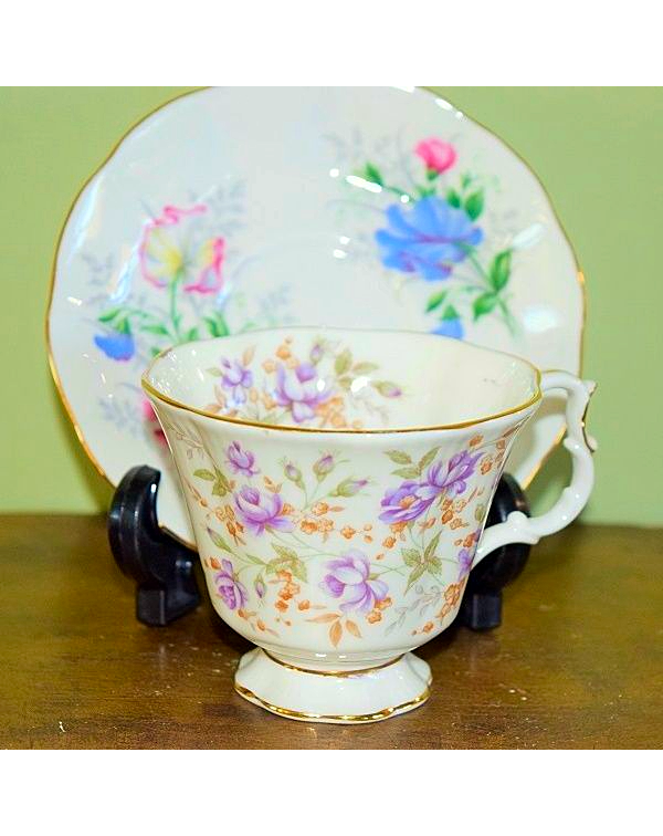 (OUT OF STOCK) ROYAL ALBERT MISMATCHED CUP & S...
