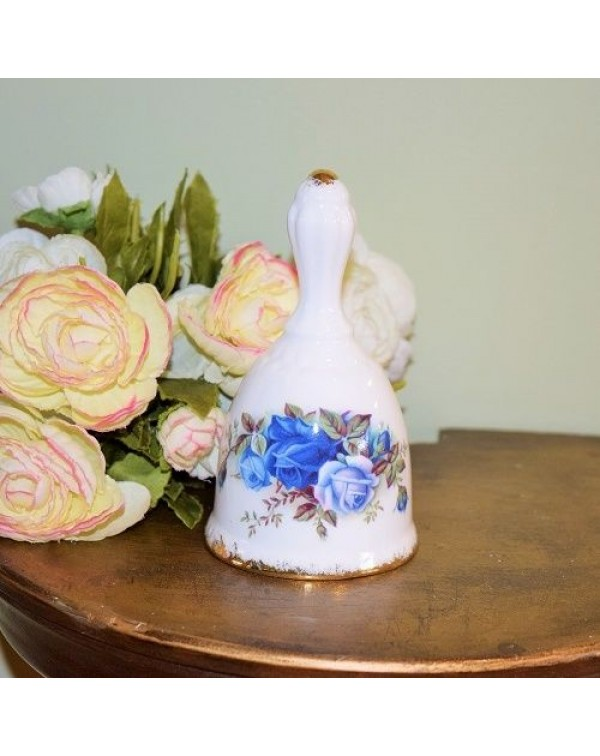 (OUT OF STOCK) ROYAL ALBERT MOONLIGHT ROSE BELL