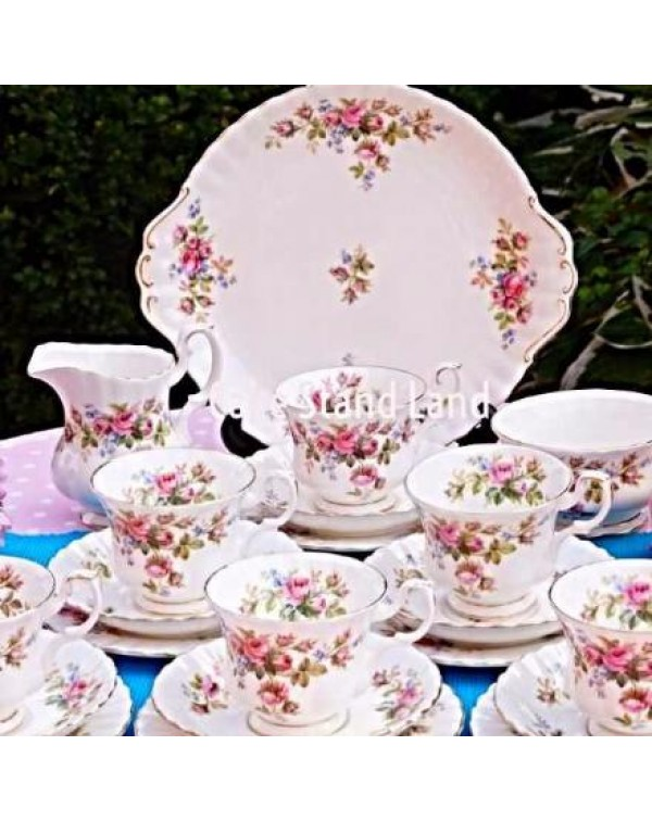 (OUT OF STOCK) ROYAL ALBERT MOSS ROSE TEA SET