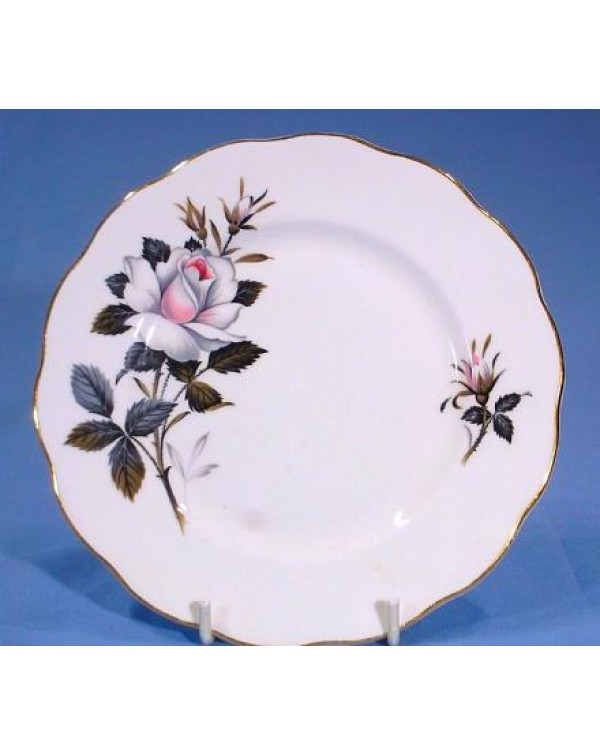 ROYAL ALBERT QUEENS MESSENGER TEA PLATE