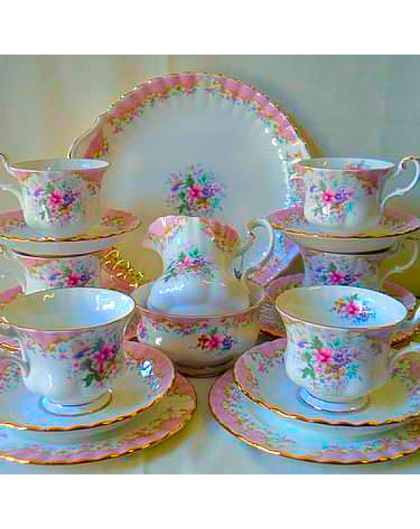 (OUT OF STOCK) ROYAL ALBERT SERENITY TEA SET