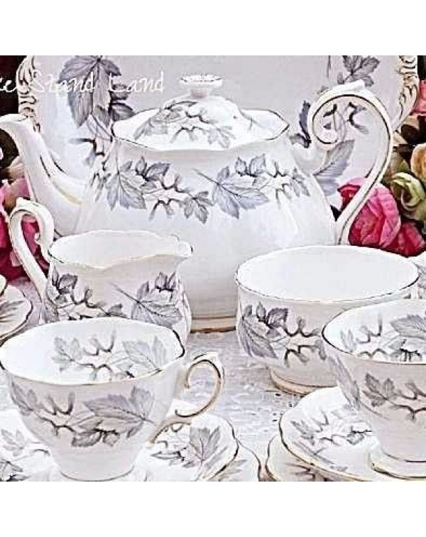 (OUT OF STOCK) ROYAL ALBERT SILVER MAPLE TEA SET