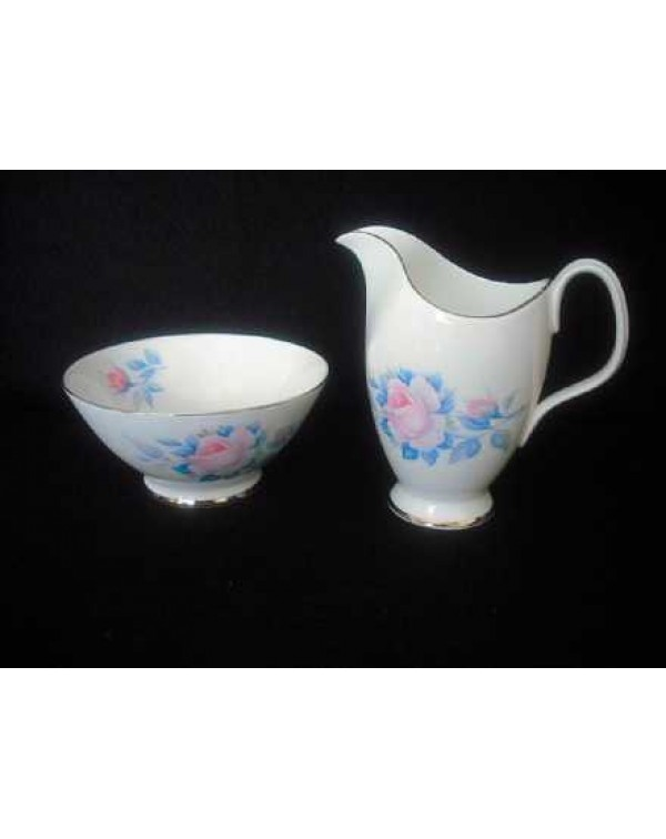 (OUT OF STOCK) ROYAL ALBERT SORRENTO MILK JUG &...
