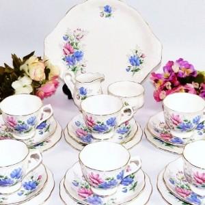 ROYAL ALBERT SWEET PEA TEA SET