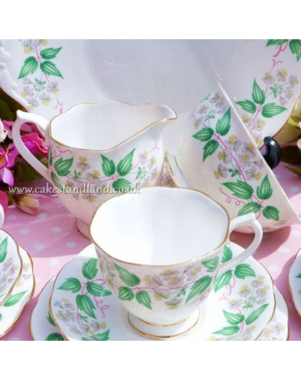 (OUT OF STOCK) ROYAL ALBERT TRAVELERS JOY VINTAGE