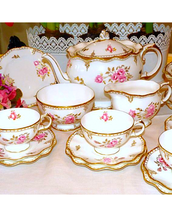 (OUT OF STOCK) ROYAL CROWN DERBY TEA SET