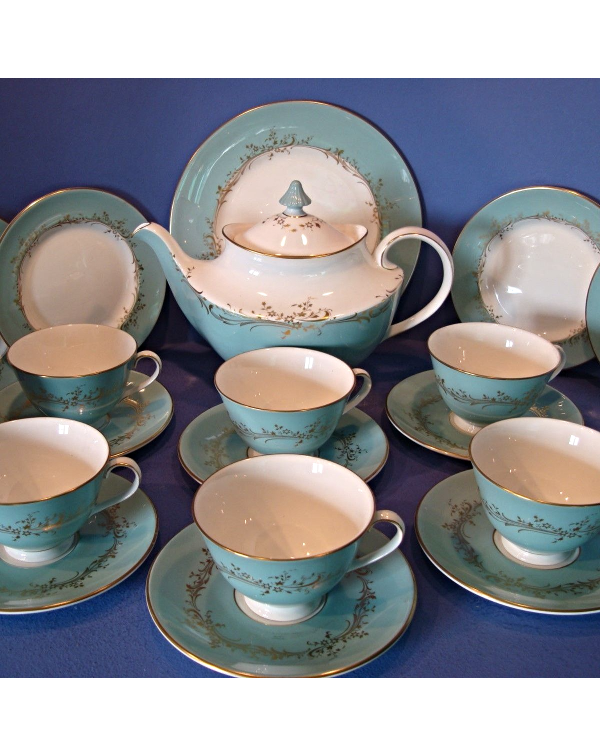 (OUT OF STOCK) ROYAL DOULTON MELROSE TEA SET