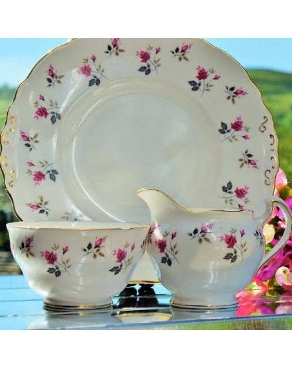 (OUT OF STOCK) ROYAL OSBORNE CAKE PLATE SET
