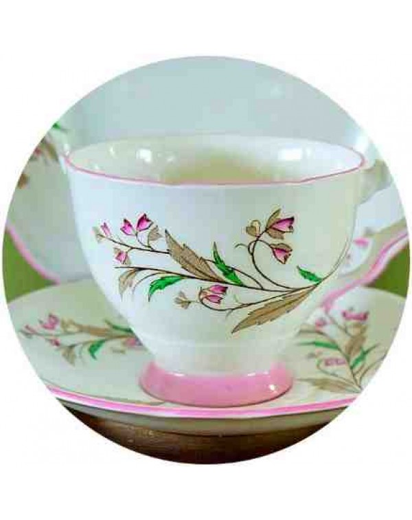 (OUT OF STOCK) Royal Stafford Bell Flower trio