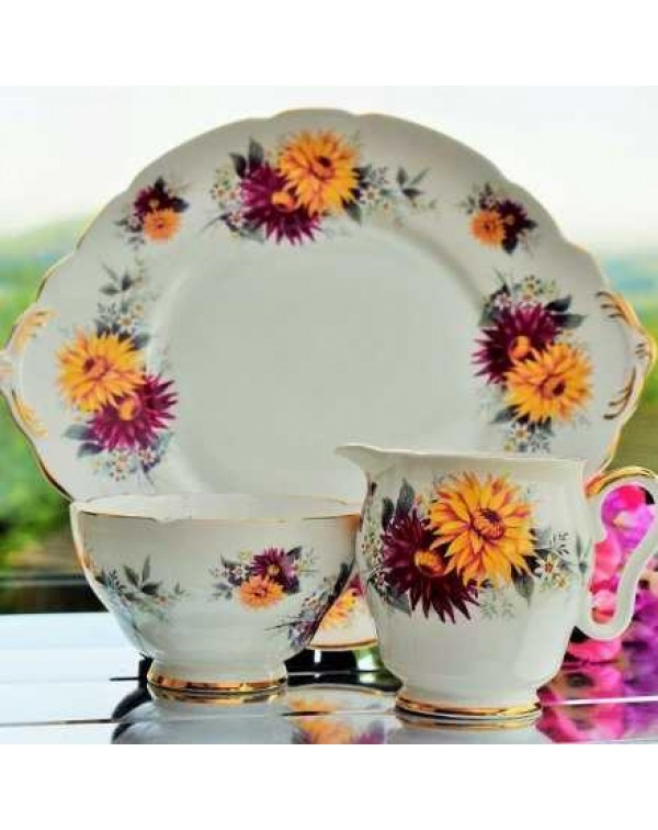(OUT OF STOCK) ROYAL STAFFORD CAKE PLATE SET