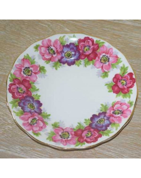 ROYAL STANDARD CARMEN TEA PLATE