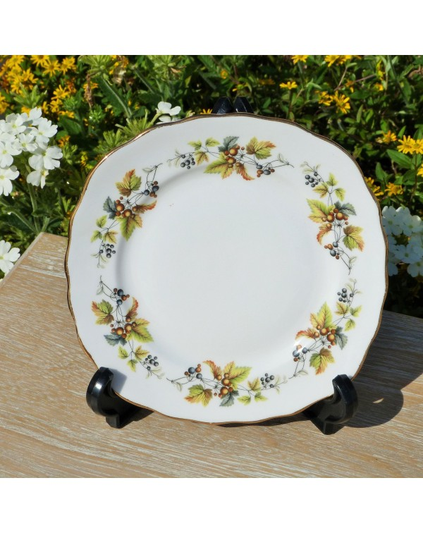 (OUT OF STOCK) ROYAL VALE SQUARE TEA PLATE