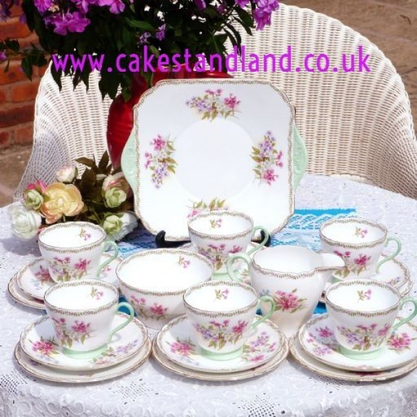 (OUT OF STOCK) SHELLEY FLORAL VINTAGE TEA SET FOR SIX