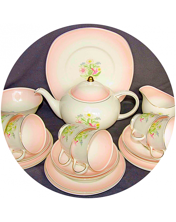 (OUT OF STOCK) SUSIE COOPER ROMANCE TEA SET