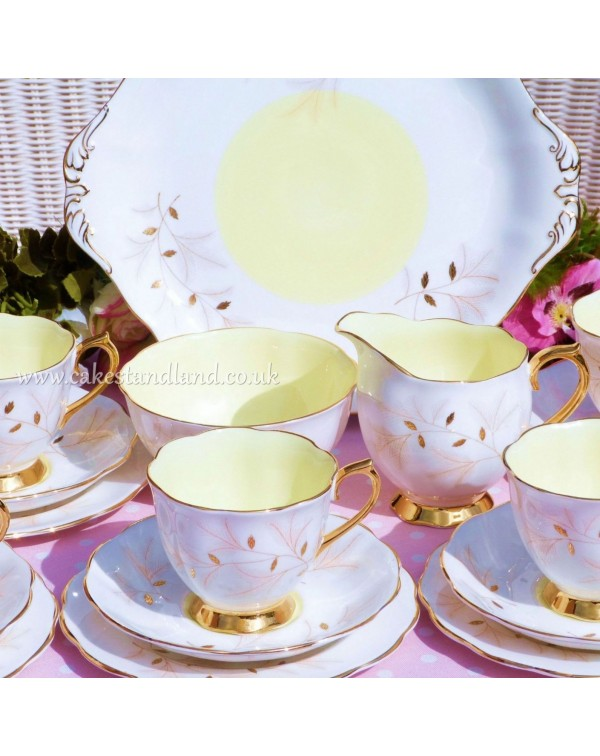 (OUT OF STOCK) ROYAL ALBERT MONTROSE VINTAGE TEA S...