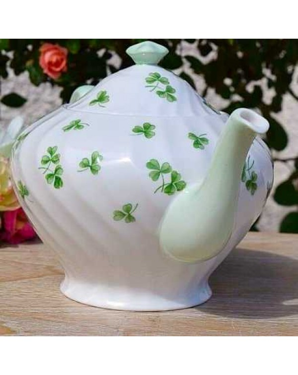(OUT OF STOCK) TUSCAN SHAMROCK TEAPOT